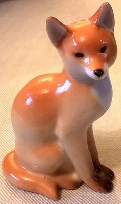 Lomonosov fox porcelain figurine
