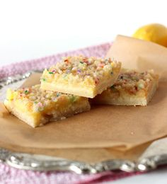 Lemon Birthday Cake Crumble Bars - If you love funfetti cake, you'll LOVE this dessert bar recipe. Trust me.