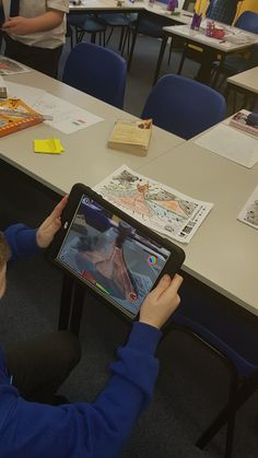 "Mr Houltram on Twitter: ""We used the @quivervision app to bring our volcanoes to life. #creativecurriculum 🌋🌋 @QueensCoEURC… """
