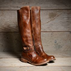 Bristol Tan Rustic by Bed Stu