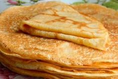 Receta Crepes - how to video Greek Desserts, Greek Recipes, Crepe Sale, Sweets Recipes, Cooking Recipes, The Kitchen Food Network, French Crepes, Dinner For One, Savory Breakfast