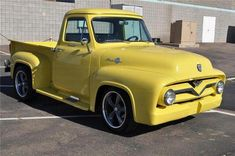 1955 FORD PICKUP The material for new cogs/casters could be cast polyamide which I (Cast polyamide) can produce Old Ford Trucks, Old Pickup Trucks, Hot Rod Trucks, F100 Truck, Pickup Car, Little Truck, Panel Truck, Classic Trucks, Classic Cars