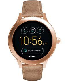 Denna klocka är tredje generationen av Fossils Q Smartwatch-kollektion. Fossil har investerat kraftigt i denna nya teknologi, och kan nu erbjuda en klocka som verkligen är smart, och som vida övers...