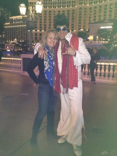 Hanging with Elvis on the Vegas Strip
