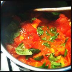 Verse basilicum tomatensaus | Francesca Kookt