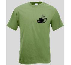 T-Shirt Keiler auf Eichenblatt  Jäger T-Shirt mit Keiler. Das Jäger T-Shirt ist in den Größen S-XXL erhältlich. Auf dem T-Shirt ist ein Keiler auf einem Eichenblatt abgebildet. / mehr Infos auf: www.Guntia-Militaria-Shop.de