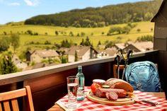 Apartment Superior - Hotelzimmer mit Balkon und fantastischem Ausblick | H+ Hotel Willingen im Sauerland