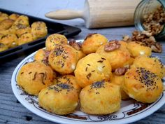 Dokonalé zdravé pagáče zo špaldovej múky Bread And Pastries, Biscuits, Muffin, Cooking, Breakfast, Healthy, Recipes, Diet, Cookies
