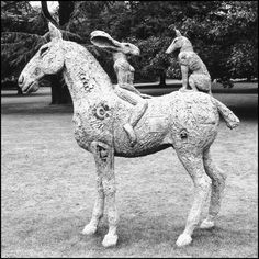 Love these, so full of detail! Horse Sculpture, Animal Sculptures, Sophie Ryder, Yorkshire Sculpture Park, Land Art, Hare, Three Dimensional, Sculpting, Contemporary Art