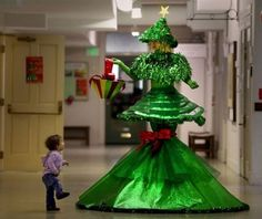 Funny Dresses | ... for you: A very funny Christmas dress, as shown in this funny picture