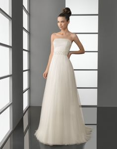 aire barcelona - wedding dress - bridal collection - aire 2012 - pascal - tulle dress with beadwork, in natural