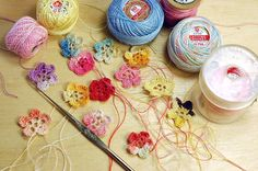 crochet with tatting thread wip | Making tiny flowers from v… | Flickr