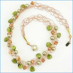 Woven Jewelry Patterns - Green Woven Necklace