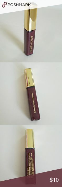 Estee Lauder Lip Gloss Beautiful brand new without tag Estee Lauder Lip Gloss. Plum Divine Shimmer. Part of extras that came with my purchase. Never used and don't need it. Estee Lauder Makeup Lip Balm & Gloss