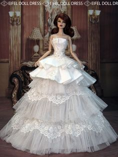 Bride to be. Barbie Bridal, Barbie Wedding Dress, Wedding Doll, Barbie Gowns, Barbie Dress, Bridal Dresses, Fashion Royalty Dolls, Fashion Dolls, Barbie E Ken
