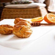 Muffins à l'orange et à la fève de Tonka sans lactose