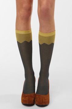 waaaant... alas urban outfitters so I can't buy them because u. o. Suuuucks. Must make them I suppose