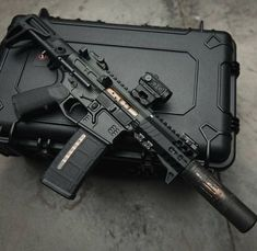 Airsoft hub is a social network that connects people with a passion for airsoft. Talk about the latest airsoft guns, tactical gear or simply share with others on this network Weapons Guns, Airsoft Guns, Guns And Ammo, Armas Wallpaper, Ar Pistol, Battle Rifle, Custom Guns, Military Guns, Assault Rifle