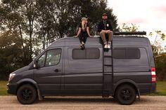 Leiter an der Seite Meet Katie and Evan of So We Bought A Van - a couple that lives & travels in a Sprinter Van. Get their tips & advice for getting on the road. Sprinter Van Conversion, Camper Van Conversion Diy, T1 Bus, Vw T1, Homemade Camper Van, Camping Vans, 4x4, Ducato Camper, Big Van