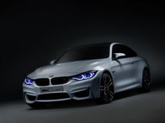 BMW M4 Concept Iconic Ligths met laser- en OLED-verlichting. Meer op www.carrepublic.nl