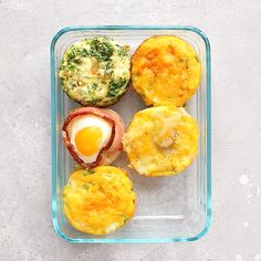 Whip up one of these healthy egg cup recipes so that you can have a healthy, high-protein snack or breakfast all week long! They're ready in under 30 minutes and easily transportable. food videos for college students 4 Healthy Egg Cup Recipes Healthy Protein Snacks, Healthy Drinks, Healthy Recipes, Protein Recipes, Healthy Food, Protein Lunch, Healthy Recipe Videos, Healthy Chicken, Healthy Cooking
