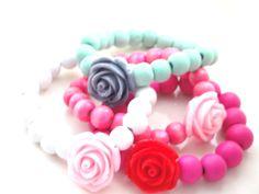 Armbanden met roosjes