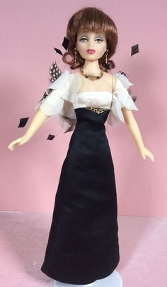 "16"" vinyl Willow doll wearing The Black and White Ball, part of the Somers & Field range of dolls, United States, 2001, by Knickerbocker. Fashions from the final year of production (such as this one) are considered exceptionally rare, as production halted midway through the line's manufacturing in response to Knickerbocker's bankruptcy early into the year."