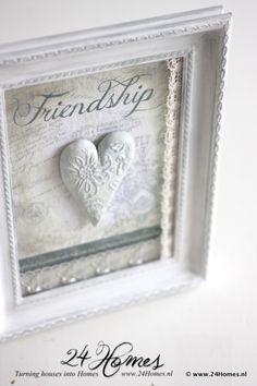 24 Homes: Vriendschap ingelijst
