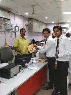 PMKK Bahraich Met Mr.Rupesh Kumar (Sr.Manager Of Bank Of Baroda) regarding Mudra Loan.  #PMOIndia #RajivPratapRudy #SkillIndia #NSDC National Skill Development Corporation #PMKVY #PMKK
