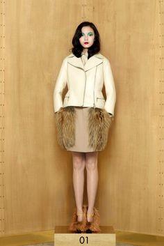 Louis Vuitton, Look #1