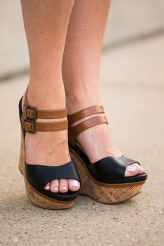 The Josie Wedge, Black-Tan - The Mint Julep Boutique