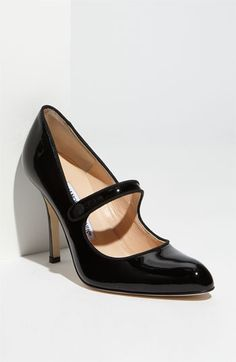 Black mary jane pumps!