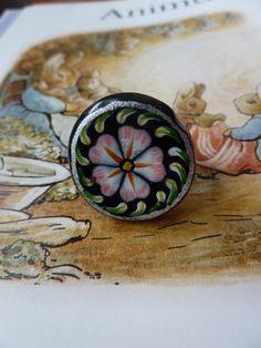 Flower bead ring £5.00