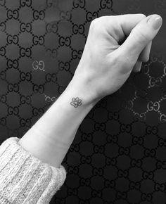 dog paw art Etsy is part of Dog Paw Art Etsy - Memorial dog paw tattoo on the wrist Mini Tattoos, Little Tattoos, Dog Tattoos, Trendy Tattoos, Animal Tattoos, Cute Tattoos, Body Art Tattoos, Small Tattoos, Animal Lover Tattoo
