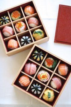 Sushi Co, Sushi Donuts, Diy Sushi, Sushi Party, Japanese Party, Japanese Sweets, Japanese Food, Sushi Restaurants, Restaurant Recipes