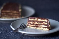 almond macaroon torte with chocolate frosting – smitten kitchen