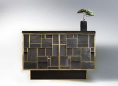 PHOENIX BUFFET Bronze, charred wood