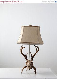 SALE Vintage Deer Skull Lamp / Antler Table Lamp
