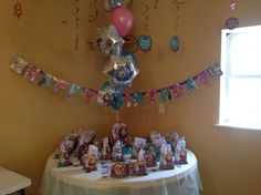 Superior Parties and Events  Frozen Favor Table Book your next event with us  251-294-0735  251-253-2603 251-253-8500