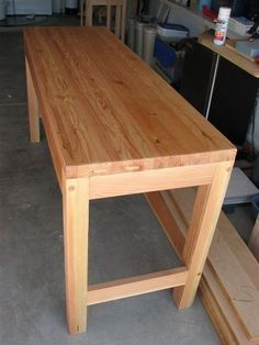 Quick and Cheap Work Bench - by RJones @ LumberJocks.com ~ woodworking community #woodworkingbench