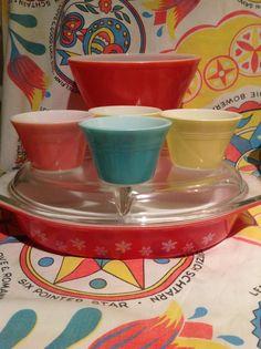 Vintage JAJ English Pyrex pink snowflake divided dish and custard cups.