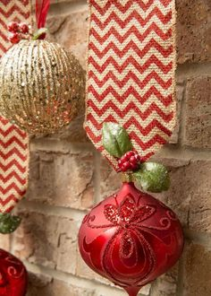 This Christmas, opt for the traditional decor ideas in stunning red and gold combination. Together these colors culminate into lots of intriguing ideas for your holiday decoration. You can go for classic table decor in red and gold or use…