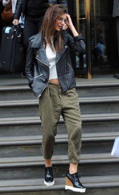 13 Looks da Emily Ratajkowski por aí - Fashionismo