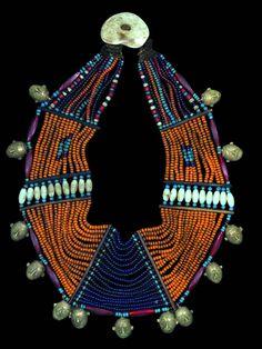 Naga collar