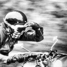 The Cafe Racer. Norton Cafe Racer, Cafe Racer Moto, Blitz Motorcycles, Vintage Motorcycles, Motocross Shirts, Motorcycle Men, Moto Guzzi, Drag Racing, Bobber