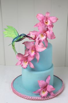 Sugar Orchids and Kolibri cake Unique Cakes, Creative Cakes, Cute Cakes, Pretty Cakes, Gorgeous Cakes, Amazing Cakes, Cake Icing, Cupcake Cakes, Bolo Fake Eva