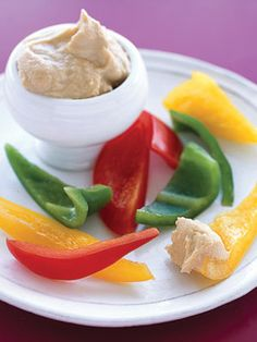 Low Calorie Snacks - cal nibbles sweet, salty and sippy! Good Healthy Recipes, Healthy Foods To Eat, Healthy Choices, Healthy Snacks, Snack Recipes, Healthy Eating, Low Calorie Snacks, Low Calorie Recipes, Diet And Nutrition