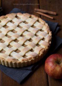 Mriežkový jablkový koláč   Angie Apple Pie, Cooking Recipes, Sweet, Food, Cake Ideas, Therapy, Candy, Chef Recipes, Essen