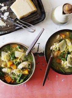 Chicken and tarragon is a great match and this is a very quick, light and flavoursome soup.