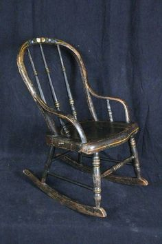 L84 ANTIQUE AMERICAN C. 1880 CHILDS PAINTED ROCKING CHAIR